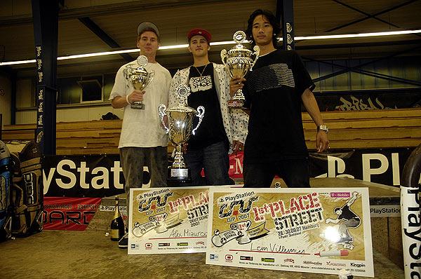 Die Gewinner des C.O.S. Cup 200: Moritz Huesmann, Alex Mizurov und Lem Villemin Foto: clubofskaters