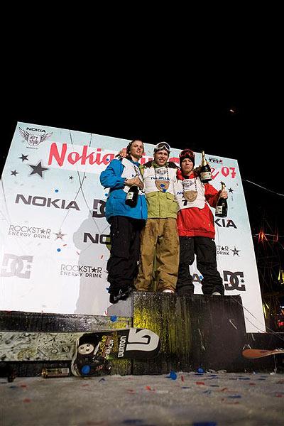 Die Gewinner beim Snowboarden Foto: Nokia Air & Style