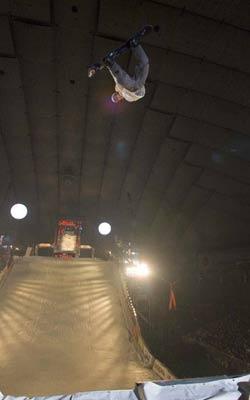 Jump beim Nissan X-Trail 2006 Foto: TTR