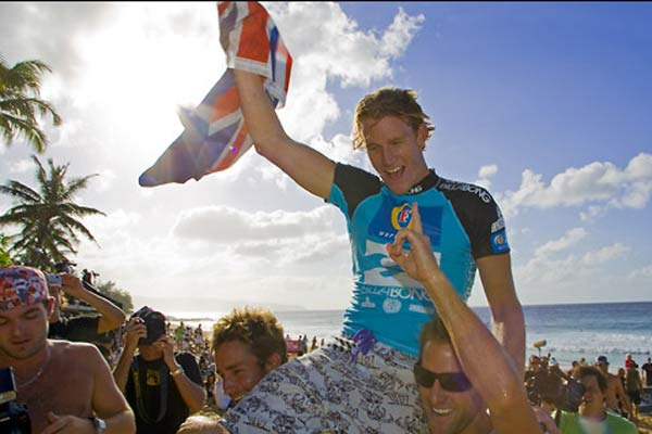 Bede Durbidge gewinnt Pipeline Masters Hawaii und Triple Crown of Surfing 2007 Foto: asp tostee, covered images