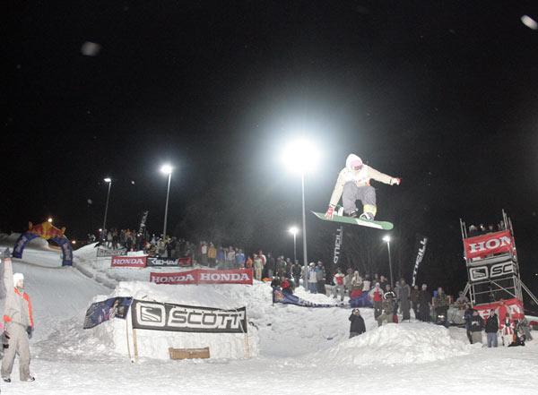 Snowboarder beim Inferno Ost in Oberwiesenthal. Foto: Veranstalter