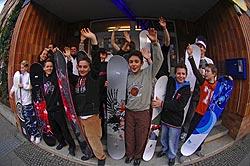Jugendclub Ikarus freut sich über Snowboards