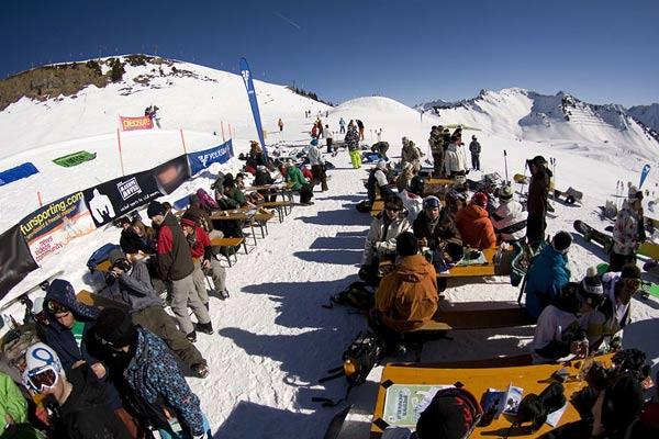 Impressionen vom Snowballwar im Sajas Forumpark.  Foto: Christoph Schöch, QParks