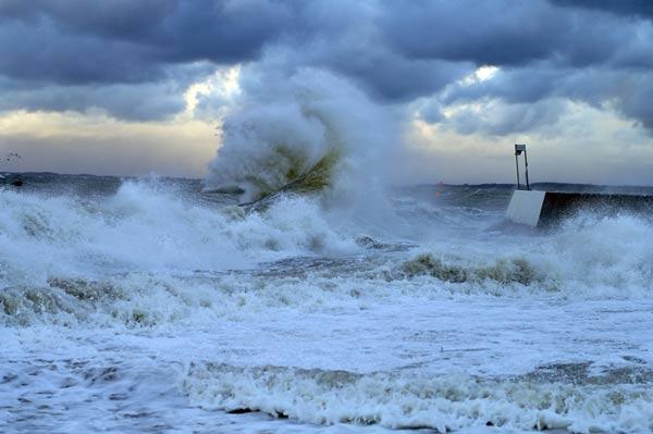 Stürmisches Wetter an der Ostsee.  Foto: Red Bull