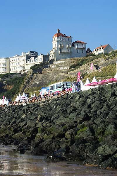 Côte des Basques, Biarritz, Frankreich: Austragungsort der Roxy Jam 2008. Foto: Veranstalter