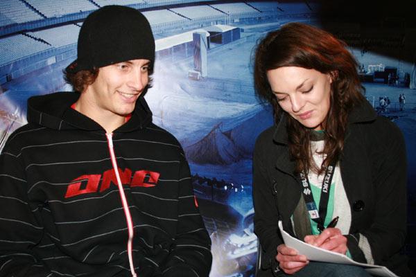 Andrè Villa im Interview mit funsporting-Redakteurin Janina.  Foto: Sascha Jurek