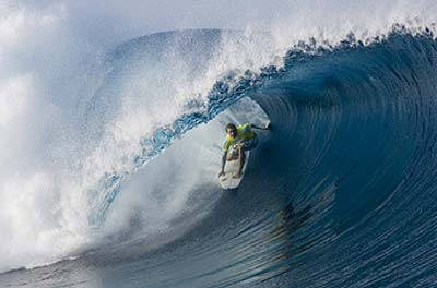 Jamie O'Brien gewinnt Von Zipper Trials.  Foto: Billabong