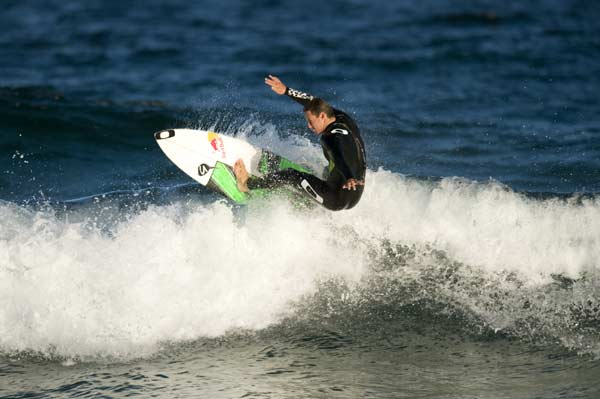 Surfer Clint Kimmins. Foto: Mark Watson