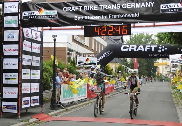 Die Gewinner der 4. Etappe: Thomas Dietsch und Martin Kraler.  Foto: Oliver Kraus/ Smaragd Medien GmbH
