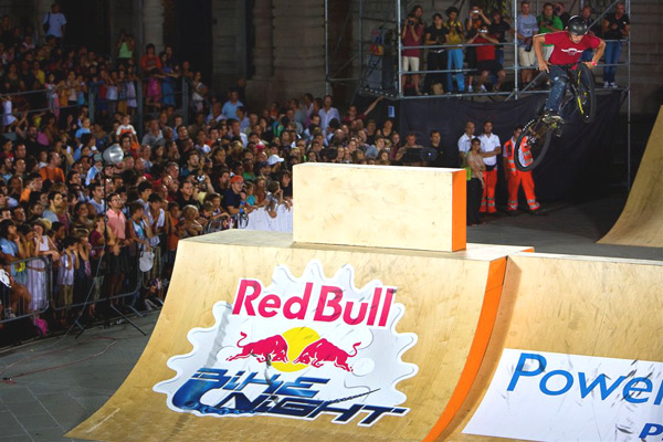 Gewinner der Best Trick Competition in Triest: Adam Hauck.  Foto: Daniano Levati/ Red Bull