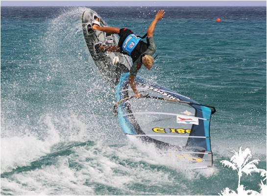 Normen Günzlein gehört zum neuen Windsurfing Team Germany.  Foto: Windsurfing Team Germany