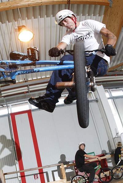 Atemberaubend - die Local Support BMX Challenge 2008.  Foto: Veranstalter