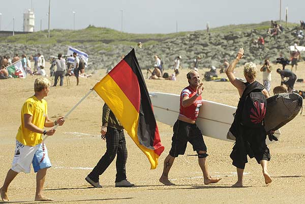 Das deutsche Nationalteam im Surfen 2007.  Foto: DVW/ Meike Reijerman