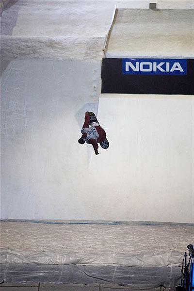 Kein Snowboarden im Plympiastadion: Der Air & Style 2008 in München wurde abgesagt.  Foto: funsporting.de
