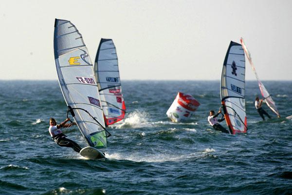 Der Weltcup der Windsurfer auf Sylt ist eröffnet.  Foto: Michael Kunkel, HOCH ZWEI