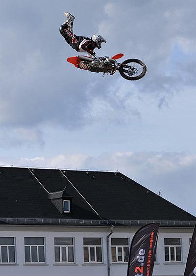 Hannes Ackermann beim Höhenflug.  Foto: Veranstalter