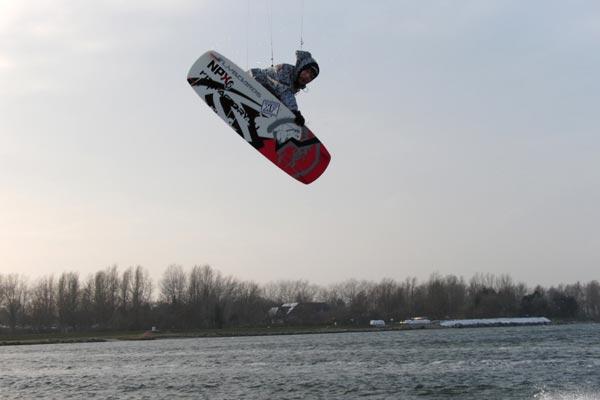 Stefan kitet auch bei eisigen Temperaturen.  Foto: Privat