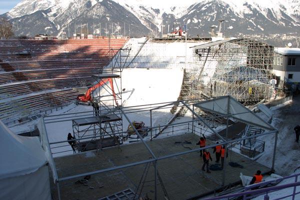 Aufbau und Logistik in Innsbruck.  Foto: Florian Auerbach