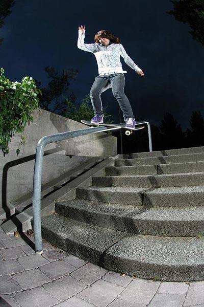 Anna beim Boardslide.  Foto: dan1el.com