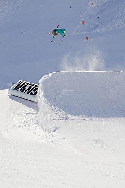 Roy Kittler am Lieblingsspot in Mayrhofen.  Foto: www.snowworldpictures.ch