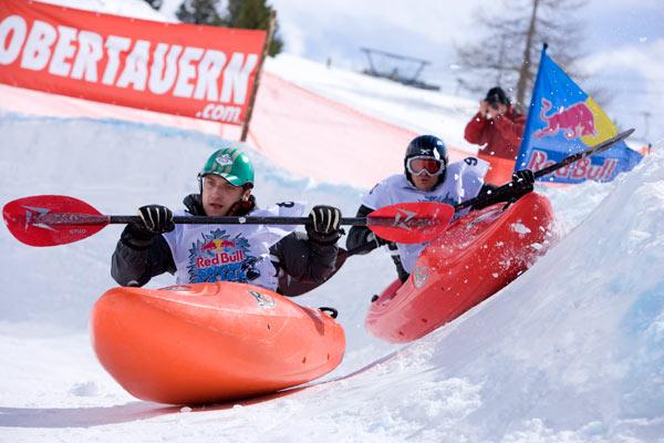 Snowkajak 2009.  Foto: Martin Lugger, Red Bull
