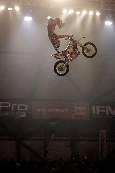Night of the Jumps 2009 in Graz: Remi Bizouard.  Foto: Oliver Franke / IFMXF.com