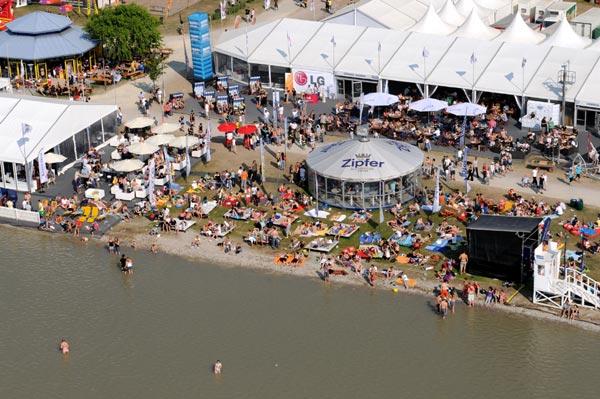 Surf Worldcup Summer Opening in Österreich.  Foto: Michael Gruber