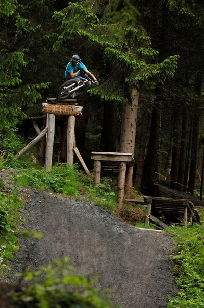 Bikepark Leogang, Drop.  Foto: Stefan Eisend
