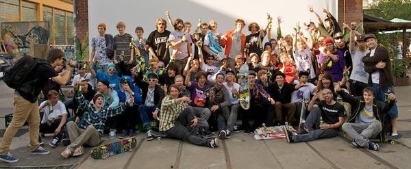 Gruppenbild.  Foto: Skatehalle Berlin