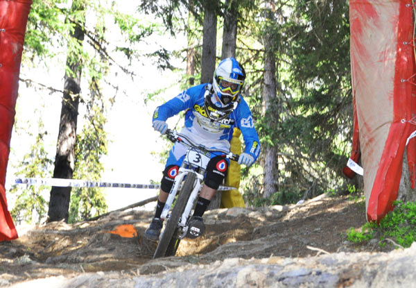 iXS European Downhill Cup in Verbier: Duncan Riffle  Foto: Racement