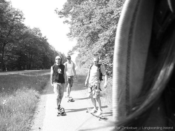 Longboarden für Simbabwe training run.  Foto: run4zimbabwe.com