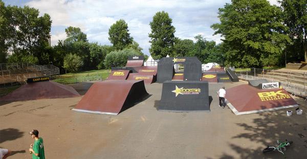 Dieses Setup erwartet die Teilnehmer der BMX Worlds 2009 in Köln.  Foto: camp ramps