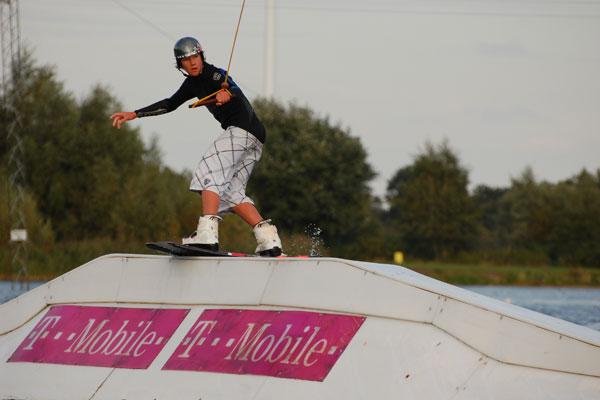 Frederic von Osten beim Wakeboarden.  Foto: Veranstalter
