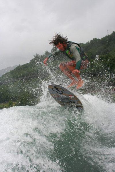 Dominic Lagacé beim Wake Surf Festival 2009.  Foto: Veranstalter
