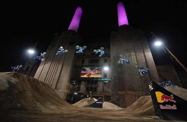 Red Bull X-Fighters World Tour 2009 London.  Foto: Predrag Vuckovic für Global-Newsroom.com