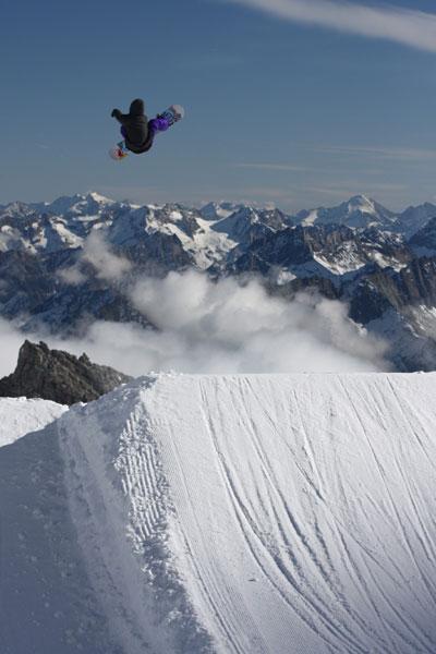 Werni Stock beim Snowboarden.  Foto: Christina Eberl