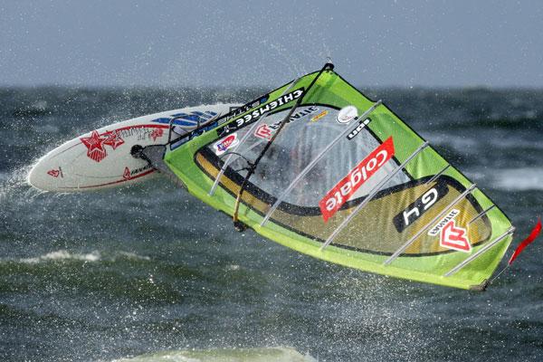 Klaas Voget beim Windsurfen.  Foto: Veranstalter
