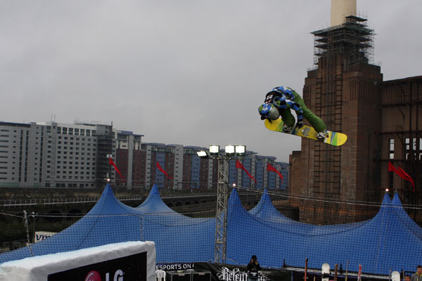 Big Air in London.  Foto: FIS - Oliver Kraus