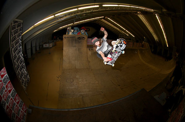 Kevin Wenzke beim Skate Contest in Mayrhofen.  Foto: Mic Dragaschnik