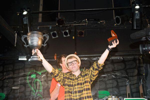 Jossi Wells gewinnt den Dew Cup.  Foto: Shay Williams