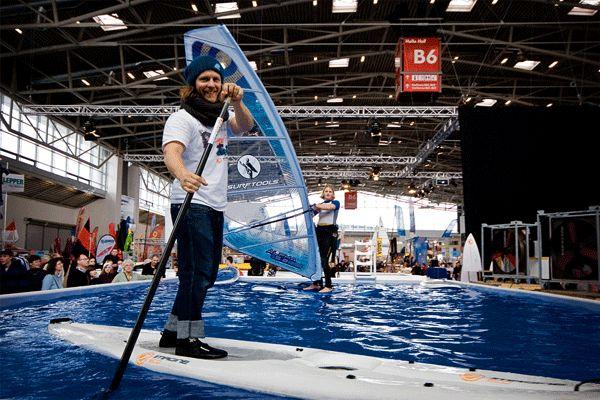 Stand Up Paddling auf der f.re.e.  Foto: Veranstalter