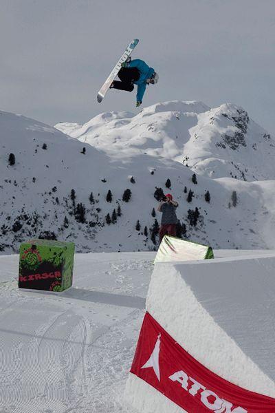 Boarder am Arlberg.  Foto: Simon Van Hal