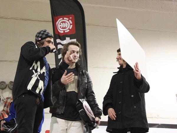 Übergabe des Siegerschecks an Stephan Chamier.   Foto: Veranstalter