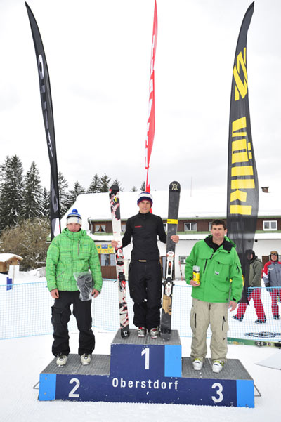 Die Sieger des Nebelhorn Classics in der Disziplen Ski: Bastian Daschner (Platz 1), Sebastian Beck (Platz 2), Beat Walker (Platz 3).   Foto: Christoffer Leitner