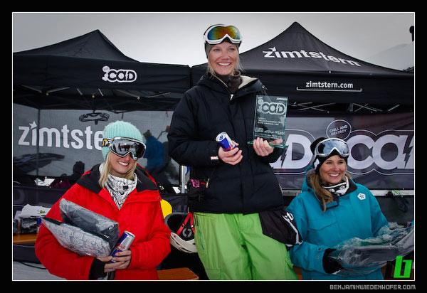 Siegerfoto  Snowboard Girls: V.l.n.r. Gabriel Polkowich/ AUT, 3. Platz), Dominik Metzler (AUT,  1. Pl.), Julian Bachmann (GER, 2. Pl.) Foto: Andreas Mohaupt