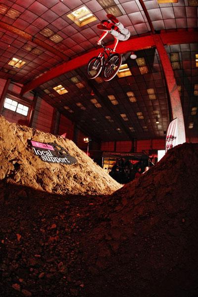 Local Support Dirt Challenge 2010 in Mainz.  Foto: David Ulrich