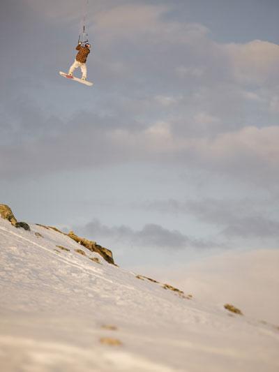 Snwokiter Aaron Haldow in Action.  Foto: Red Bull