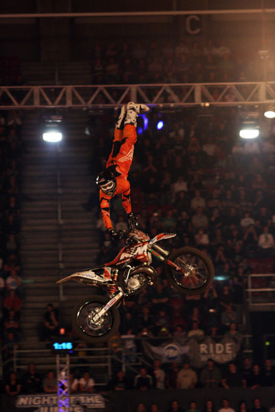 Jose Miralles bei Night of the Jumps 2010 in Basel.  Foto: Oliver Franke / IFMXF.com