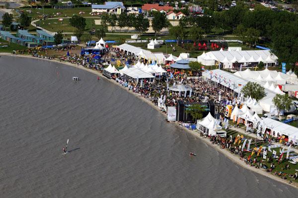 Geläden des Surfcups in Podersdorf.  Foto: Michael Gruber