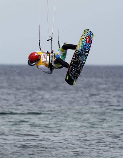 Mario Rodwald 19 Jahre aus Rendsburg bei der Kitesurf-Trophy 2010.  Foto: Brand Guides